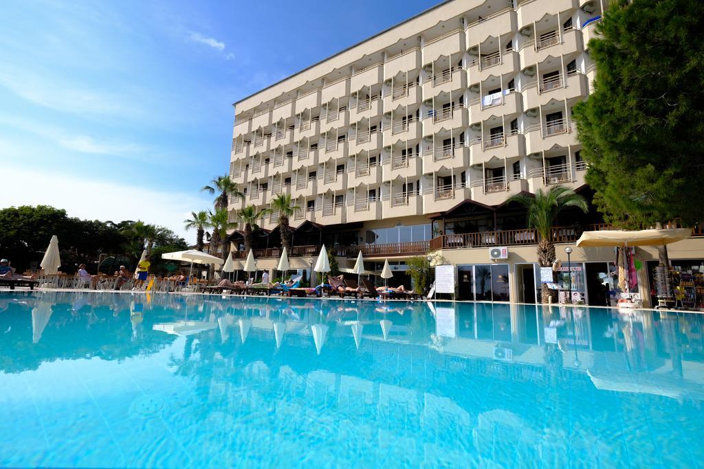 Anitas Hotel1