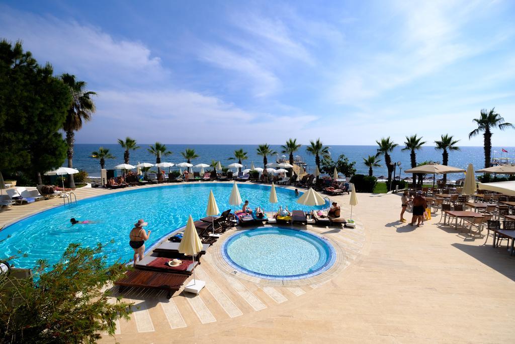 Anitas Hotel2