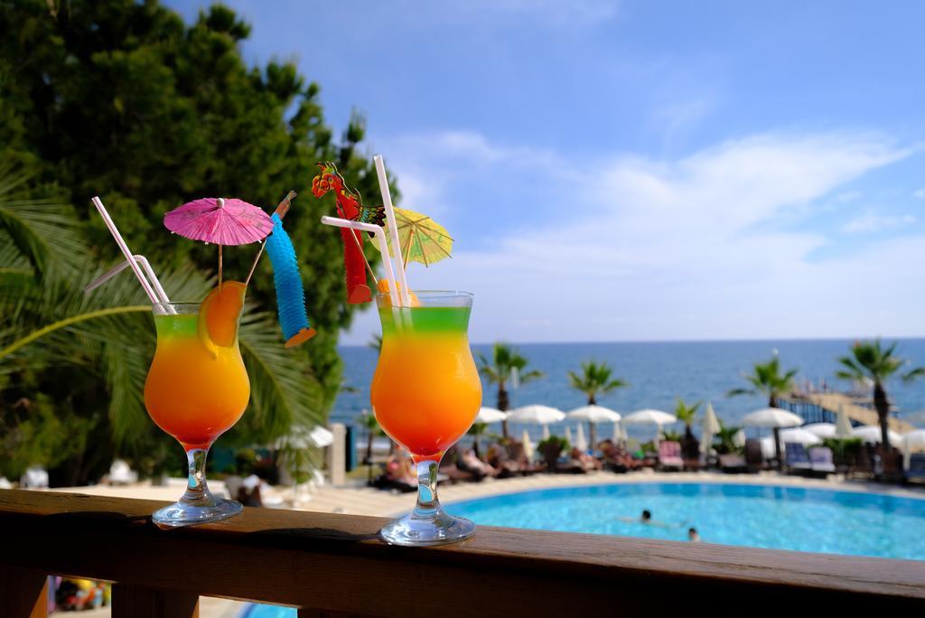 Anitas Hotel3