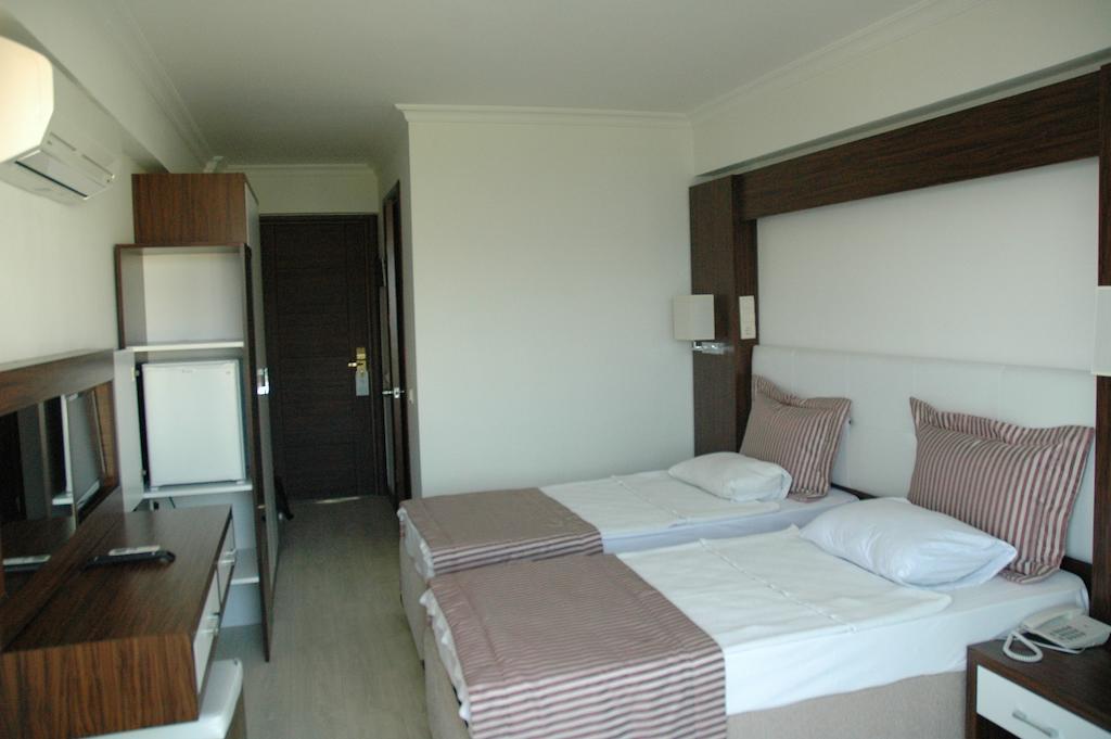Arora hotel 5