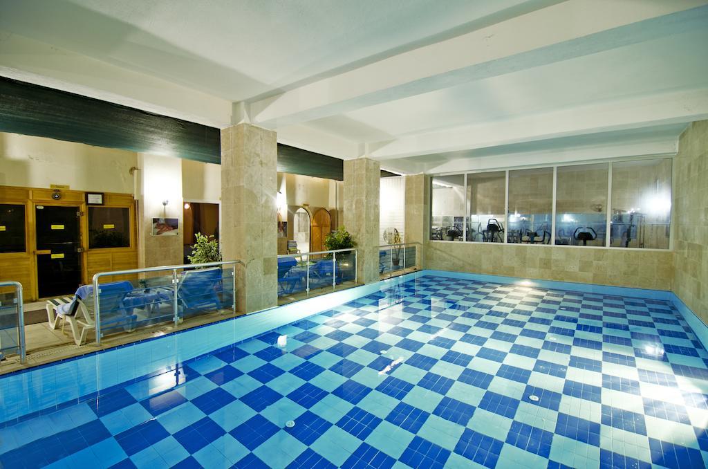 Arora hotel 6