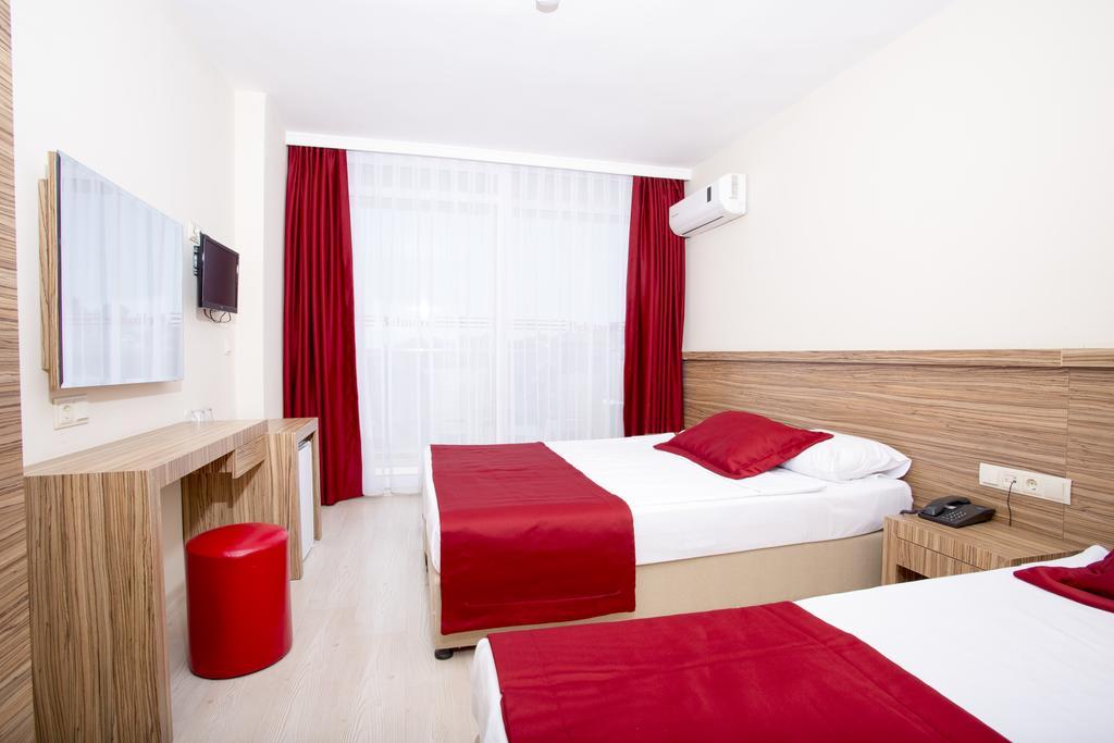 Belmare Hotel8