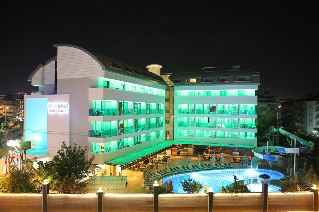 Blue Wave Suite Hotel 2