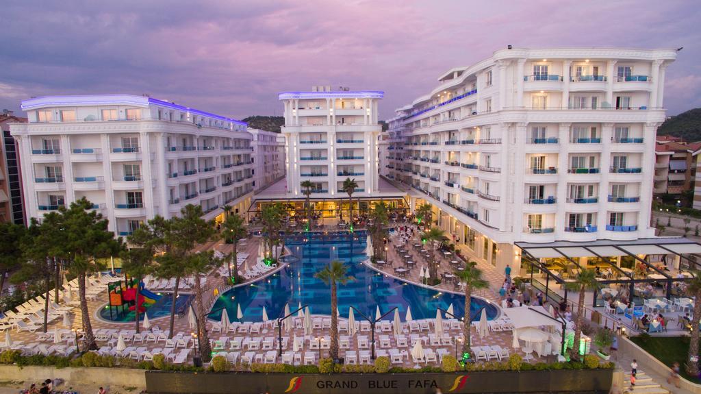 Grand Blue Fafa Resort 1