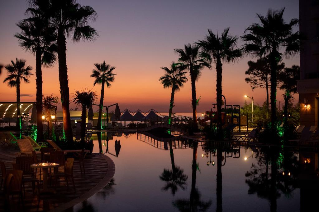 Grand Blue Fafa Resort4