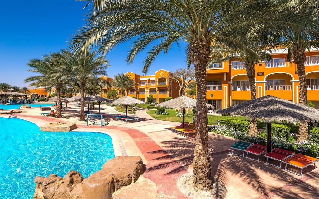 Rizort Caribbean World Resort Soma Bay 5