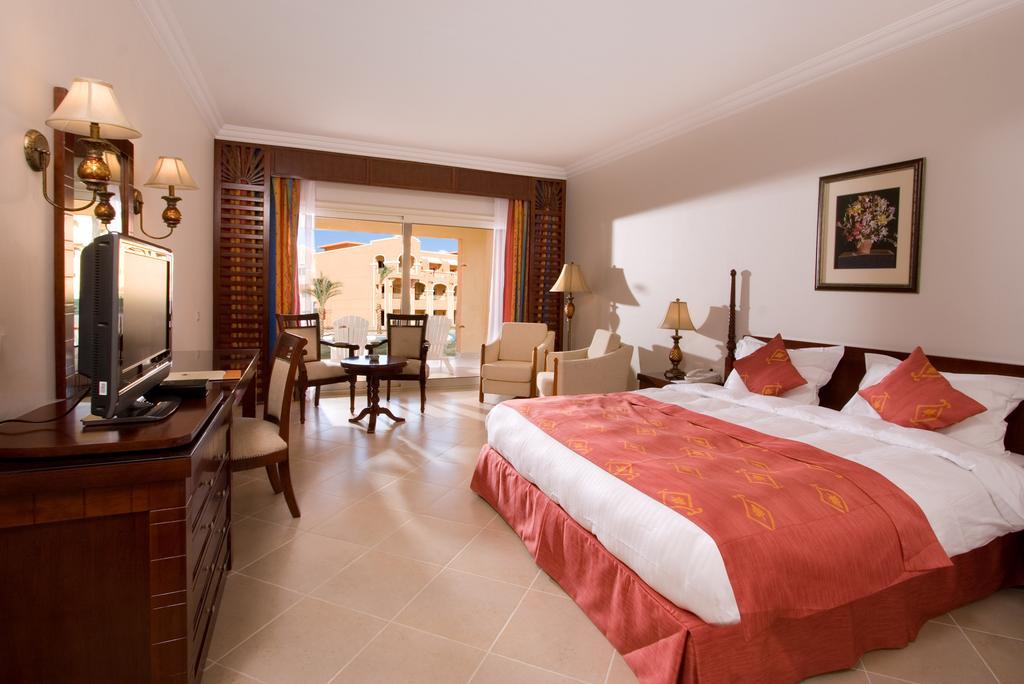 Rizort Caribbean World Resort Soma Bay 6