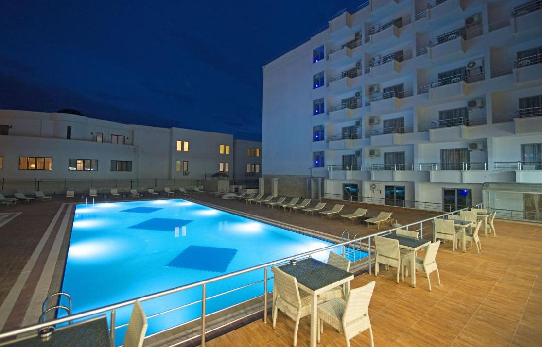 ayma-beach-resort-spa 11