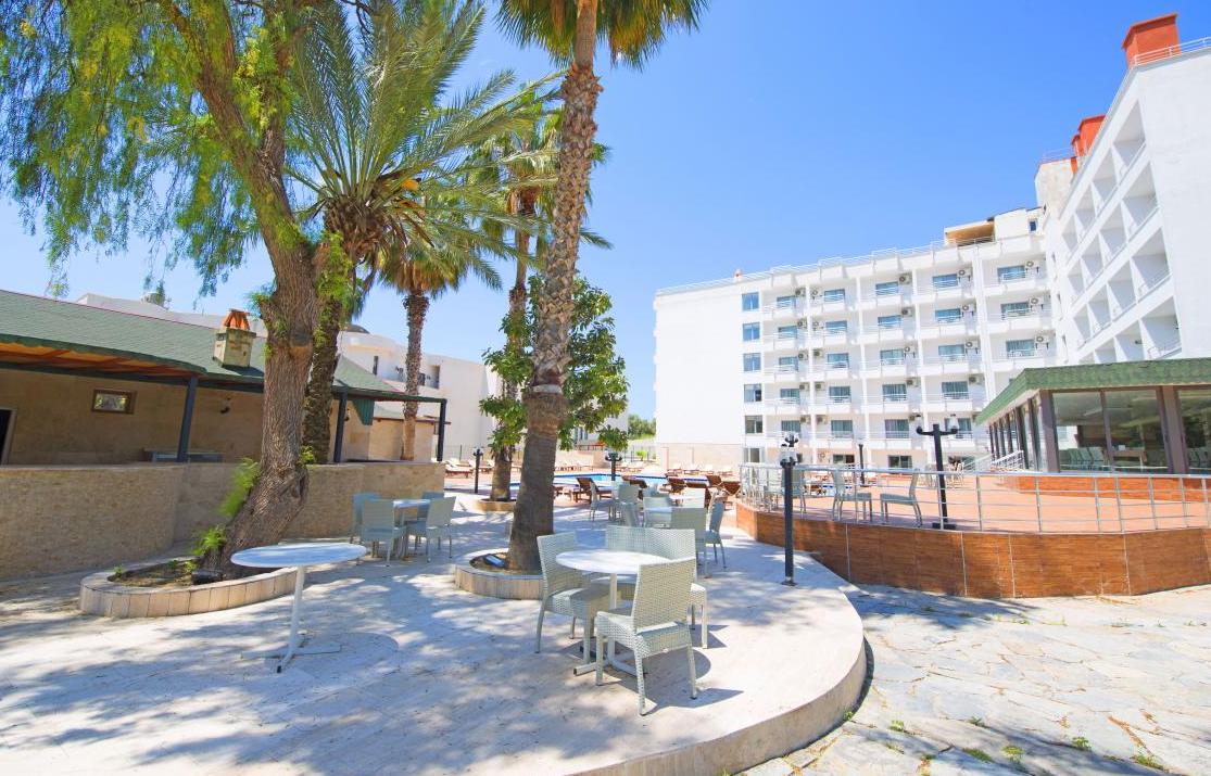 ayma-beach-resort-spa 5